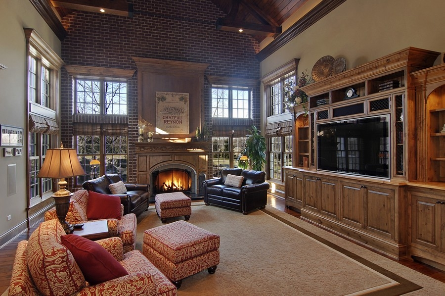 Real Estate Photography - 8S235 Murray Dr, Naperville, IL, 60540 - Family Room