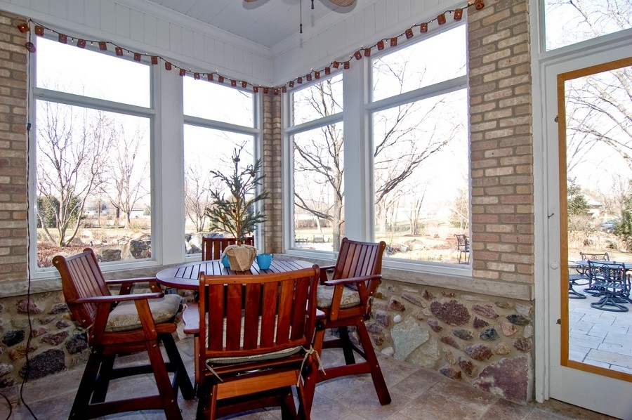 Real Estate Photography - 8S235 Murray Dr, Naperville, IL, 60540 - Porch