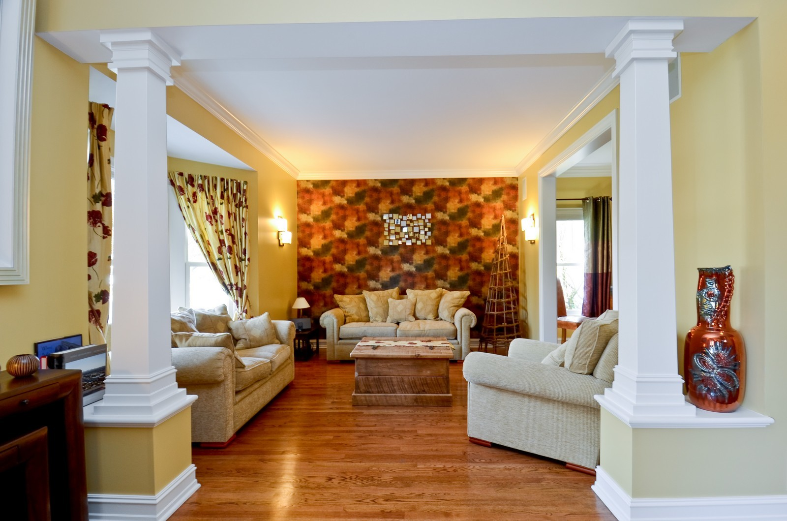 Real Estate Photography - 738 Western Ave., Glen Ellyn, IL, 60137 - Living Room