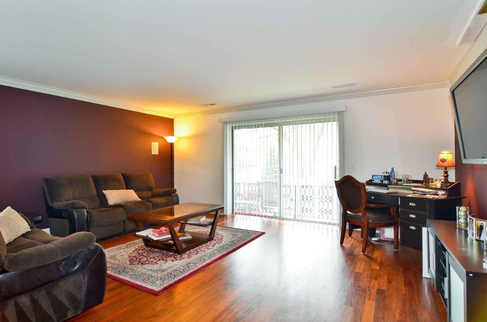 Real Estate Photography - 7861 Niles Center Rd., 201, Skokie, IL, 60077 - Living Room