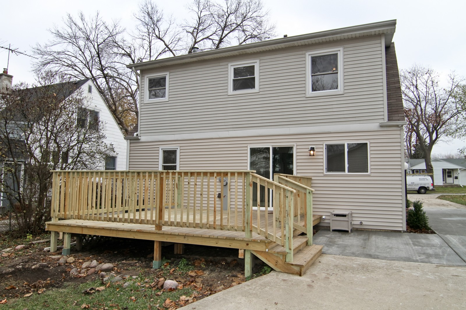 Real Estate Photography - 406 N Garfield St, Lombard, IL, 60148 - Rear View