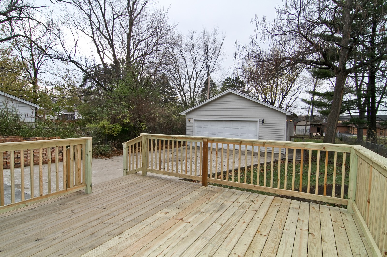 Real Estate Photography - 406 N Garfield St, Lombard, IL, 60148 - Patio