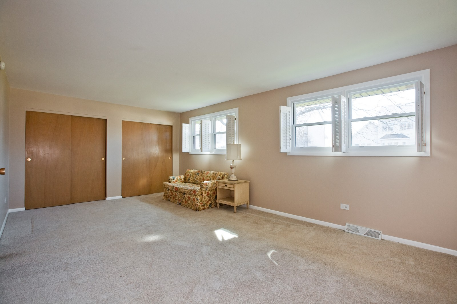 Real Estate Photography - 1330 68th Place, Downers Grove, IL, 60516 - 3rd Bedroom