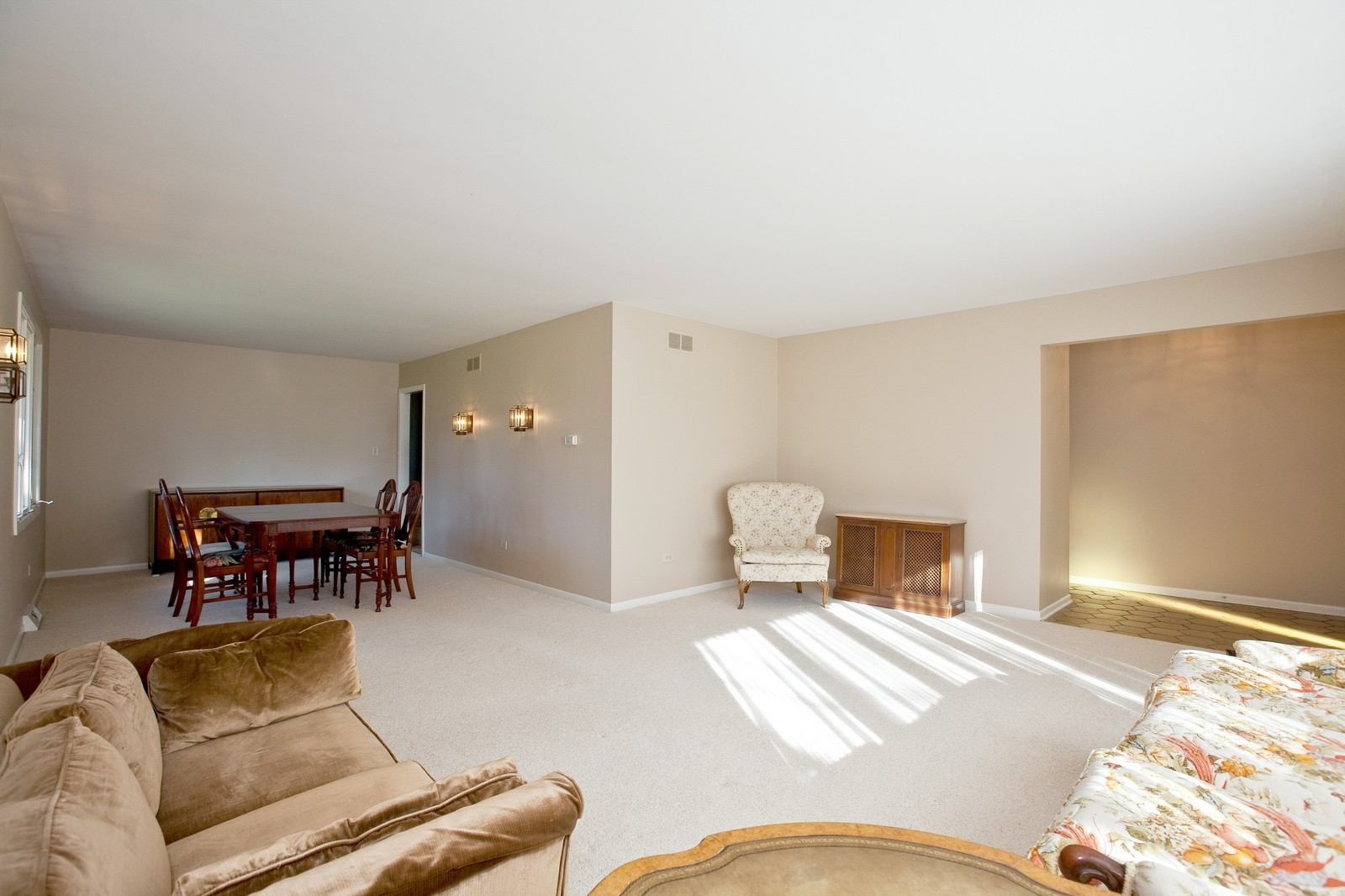 Real Estate Photography - 1330 68th Place, Downers Grove, IL, 60516 - Living Room / Dining Room