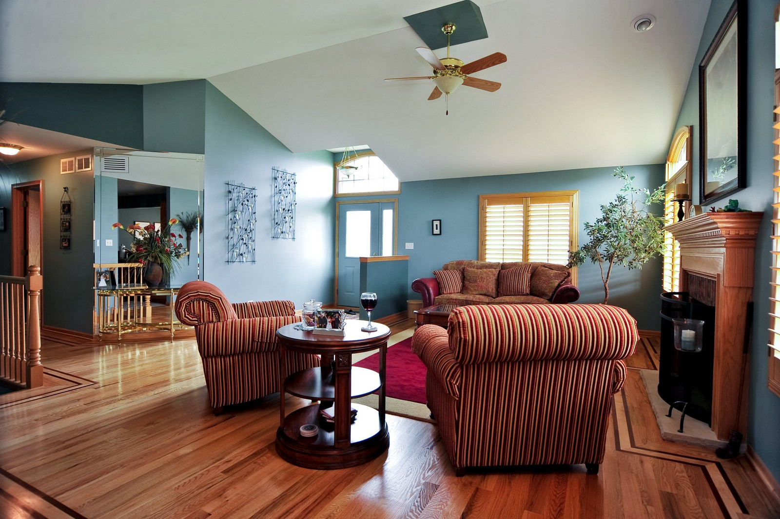 Real Estate Photography - 1153 Linden Circle, Beecher, IL, 60401 - Living Rm/Family Rm