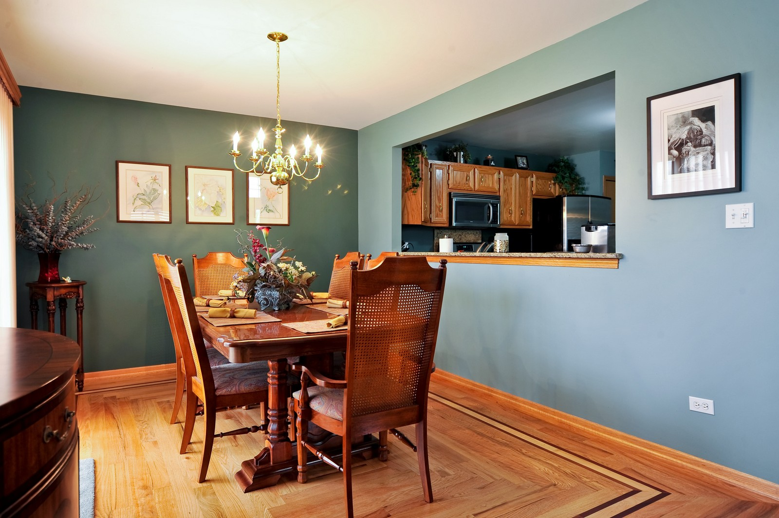 Real Estate Photography - 1153 Linden Circle, Beecher, IL, 60401 - Dining Room