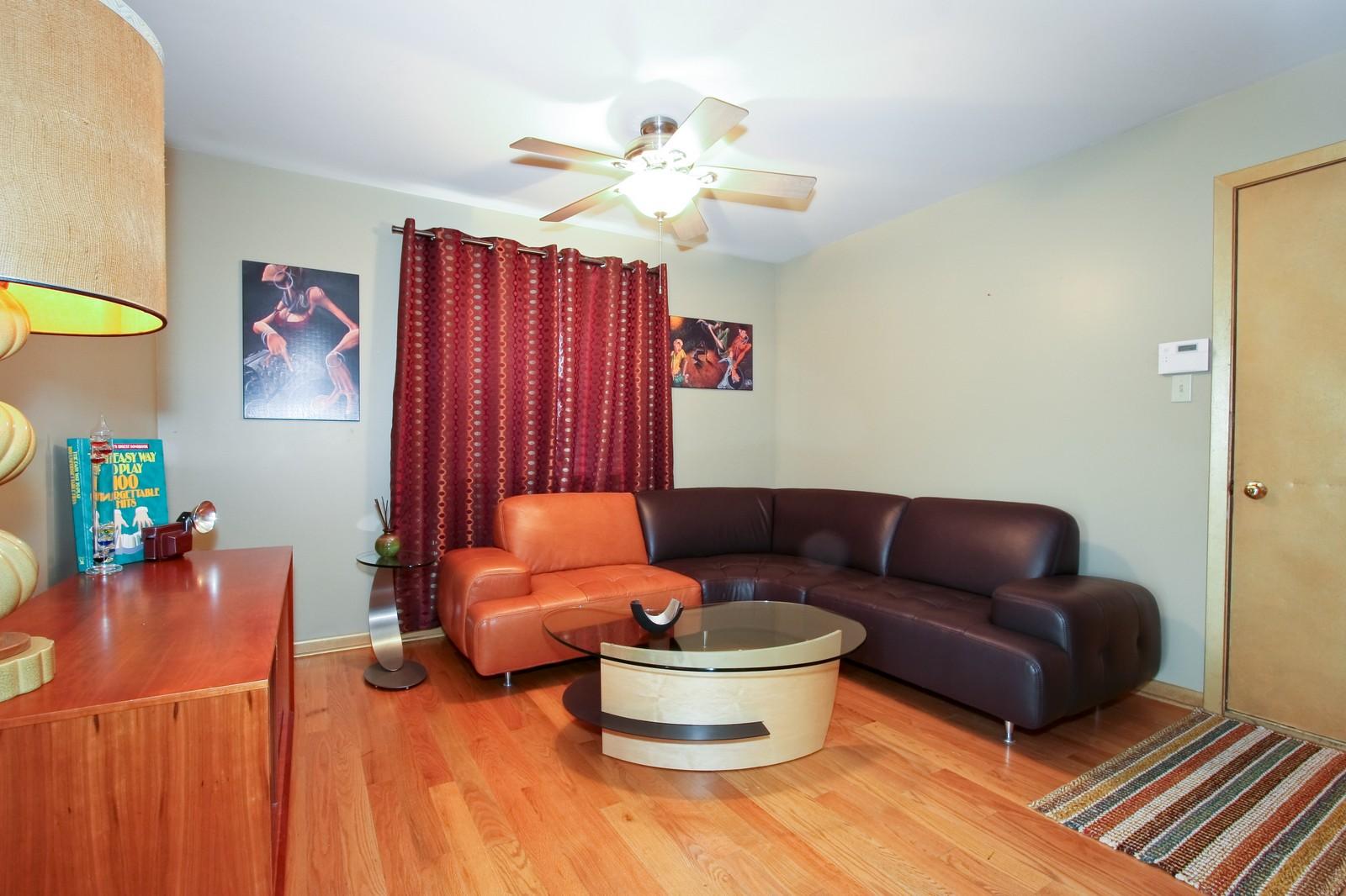 Real Estate Photography - 2637 Grove, Blue Island, IL, 60406 - Den