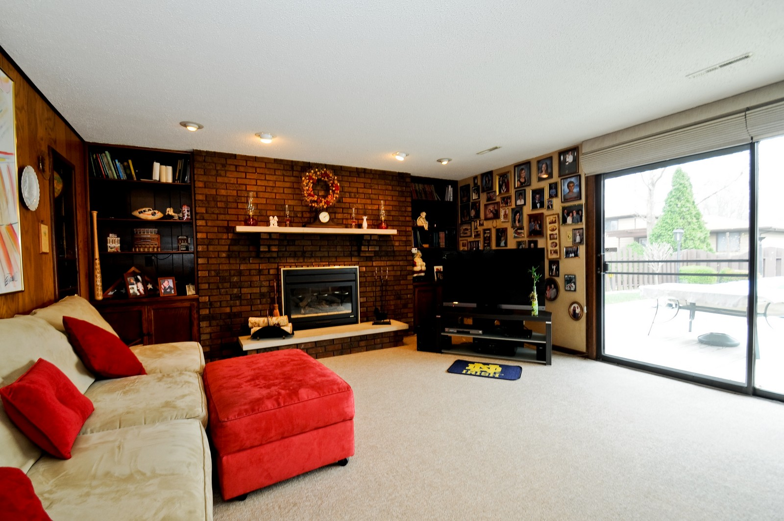 Real Estate Photography - 17837 Maple Street, Lansing, IL, 60438 - Family Room