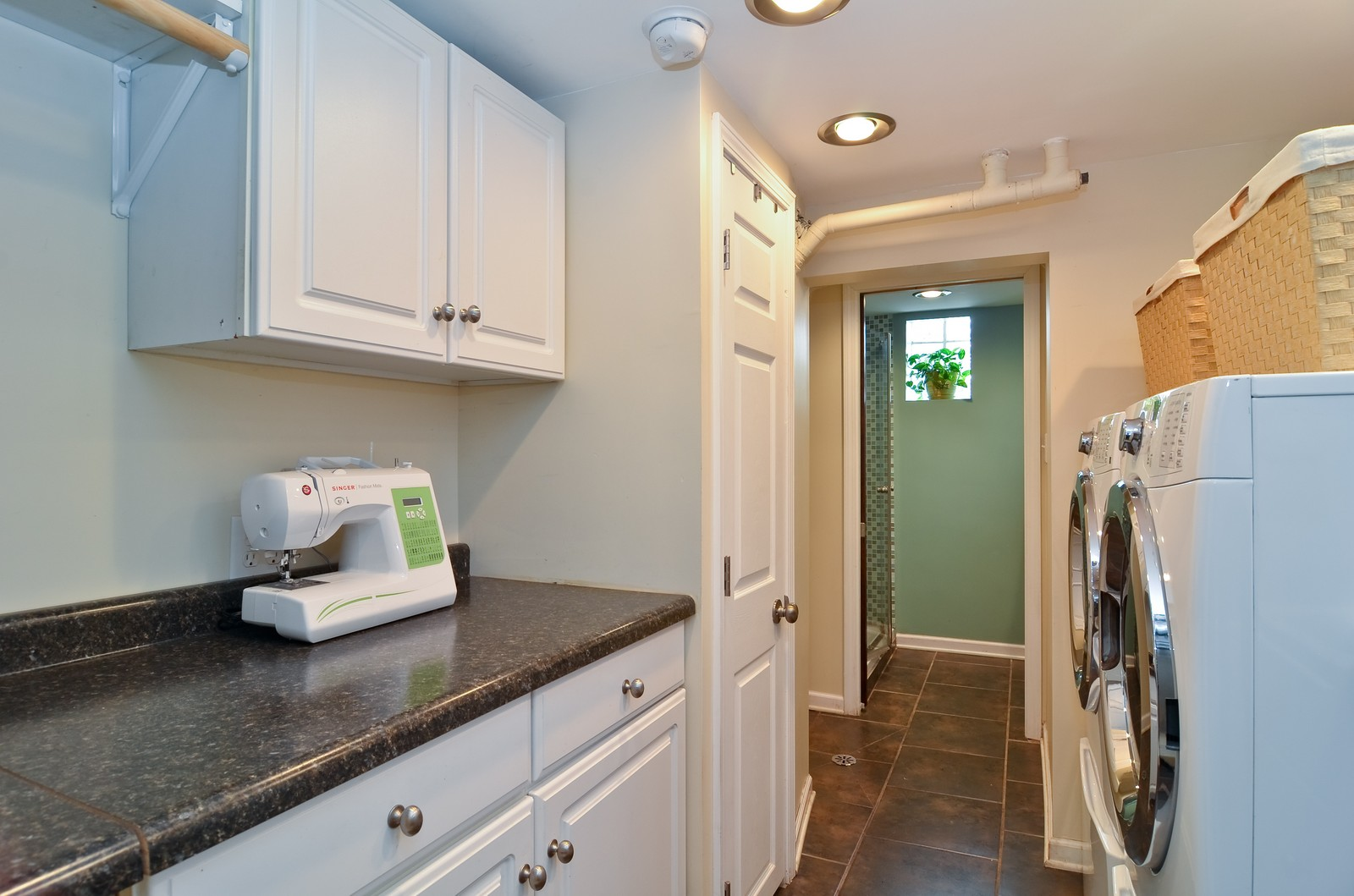 Real Estate Photography - 392 S Cumberland Parkway, Des Plaines, IL, 60016 - Laundry Room