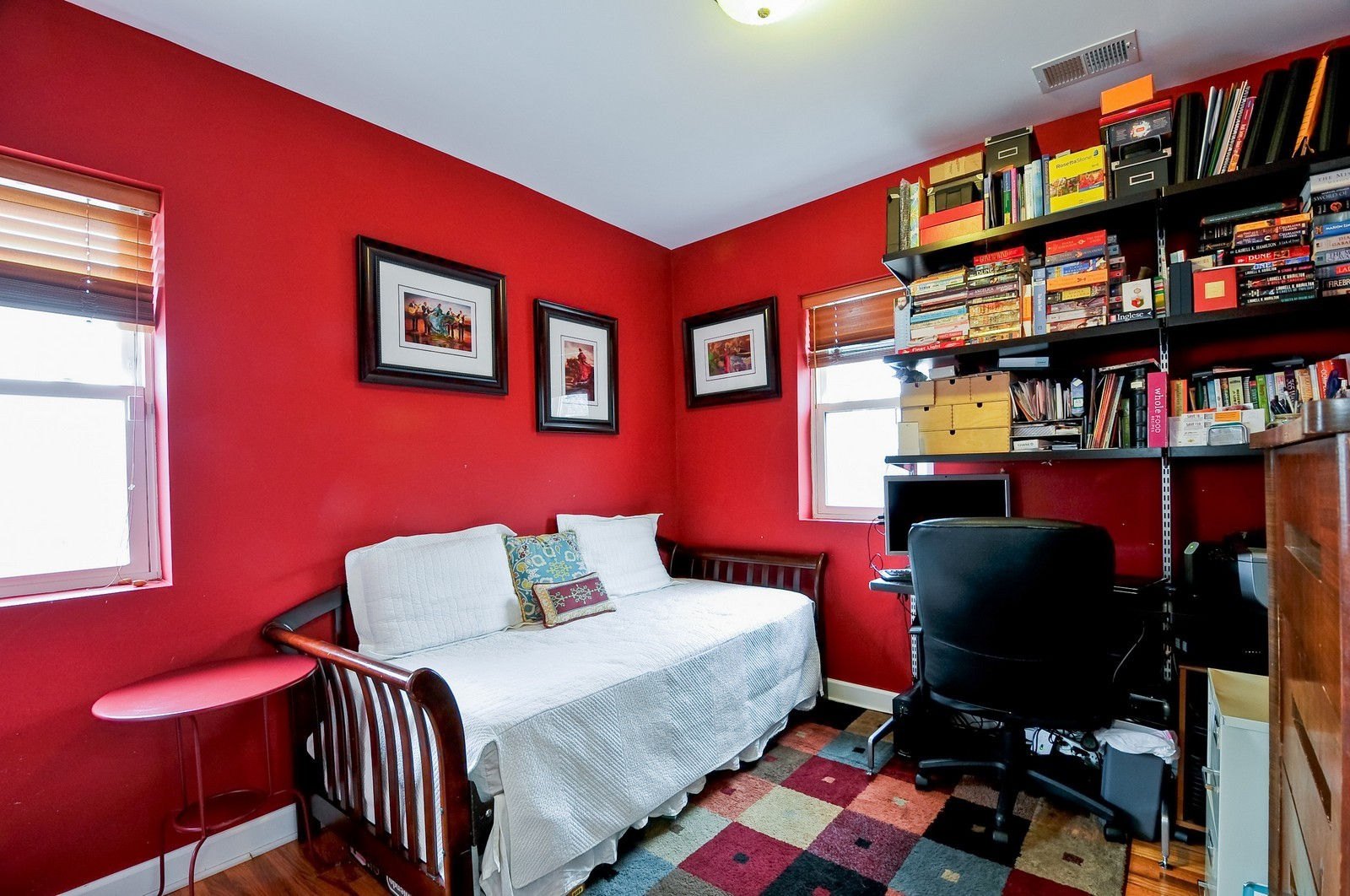 Real Estate Photography - 2552 W Rosemont, Unit 3, Chicago, IL, 60659 - 2nd Bedroom