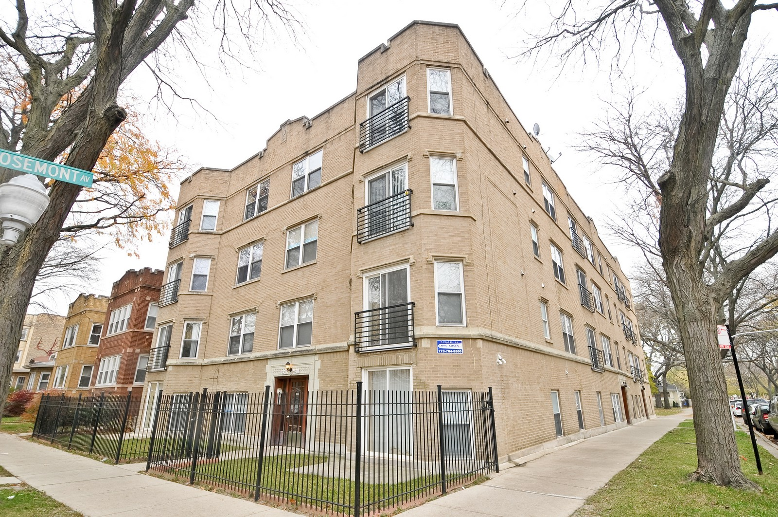 Real Estate Photography - 2552 W Rosemont, Unit 3, Chicago, IL, 60659 - Front View
