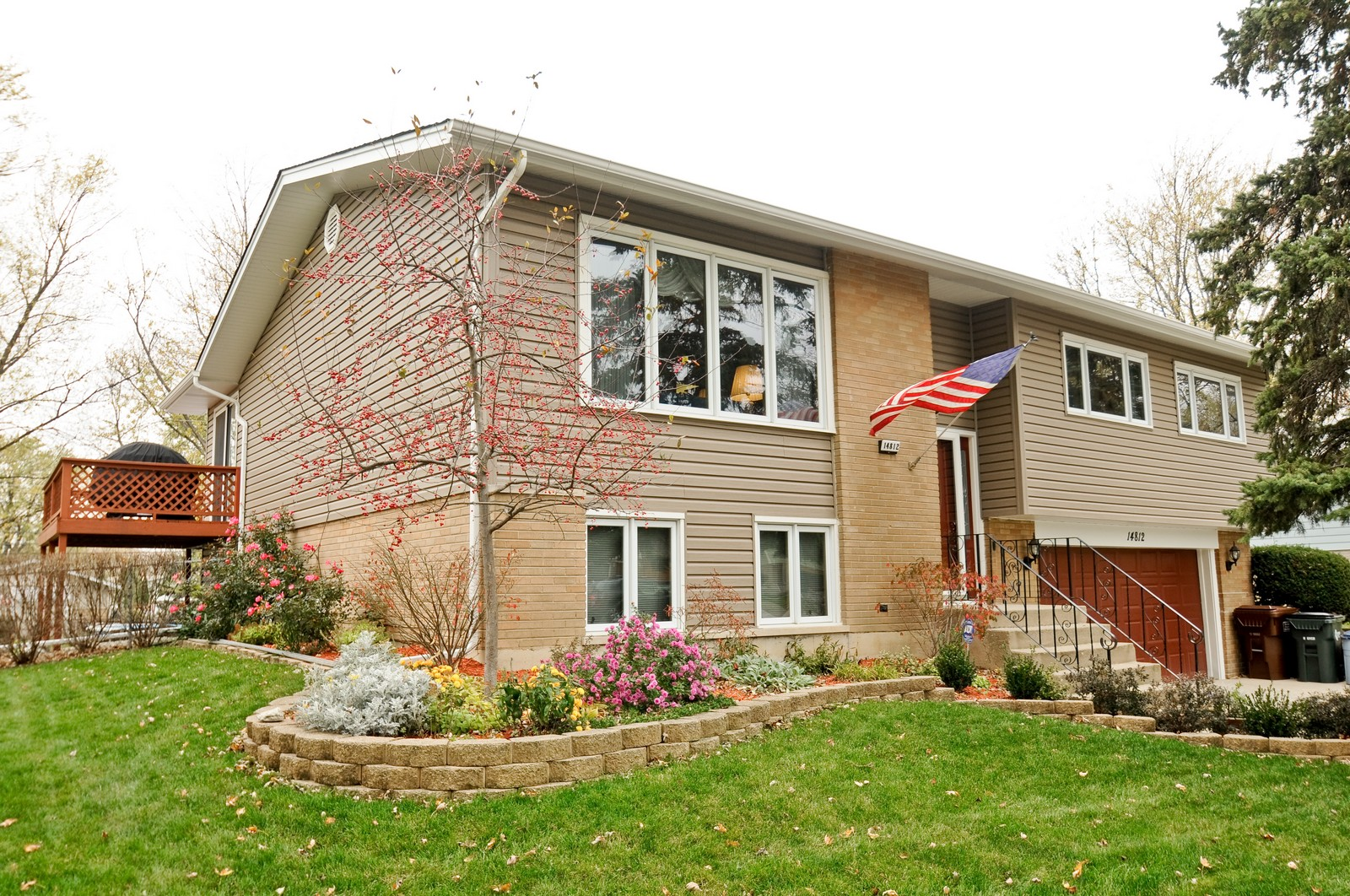 Real Estate Photography - 14812 Parkside Ave, Oak Forest, IL, 60452 - Front View