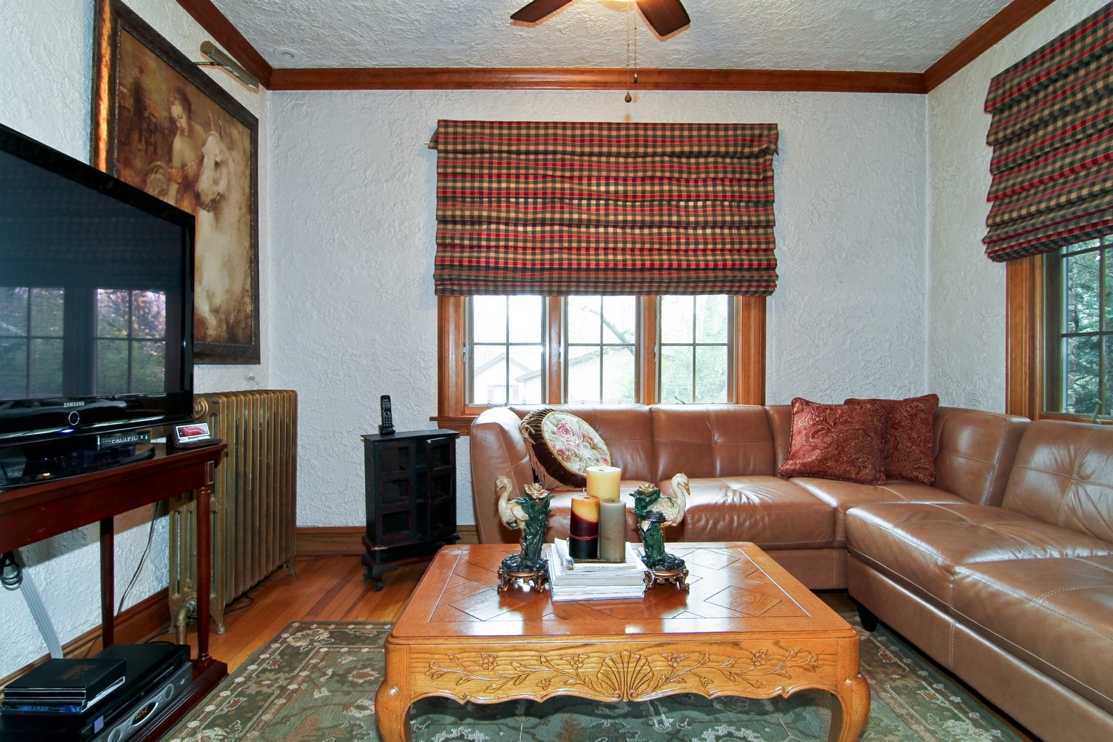 Real Estate Photography - 933 N Main, Glen Ellyn, IL, 60137 - Family Room