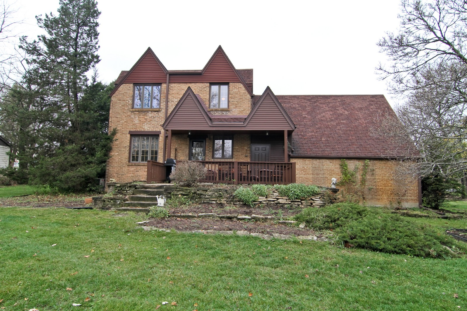 Real Estate Photography - 933 N Main, Glen Ellyn, IL, 60137 - Rear View