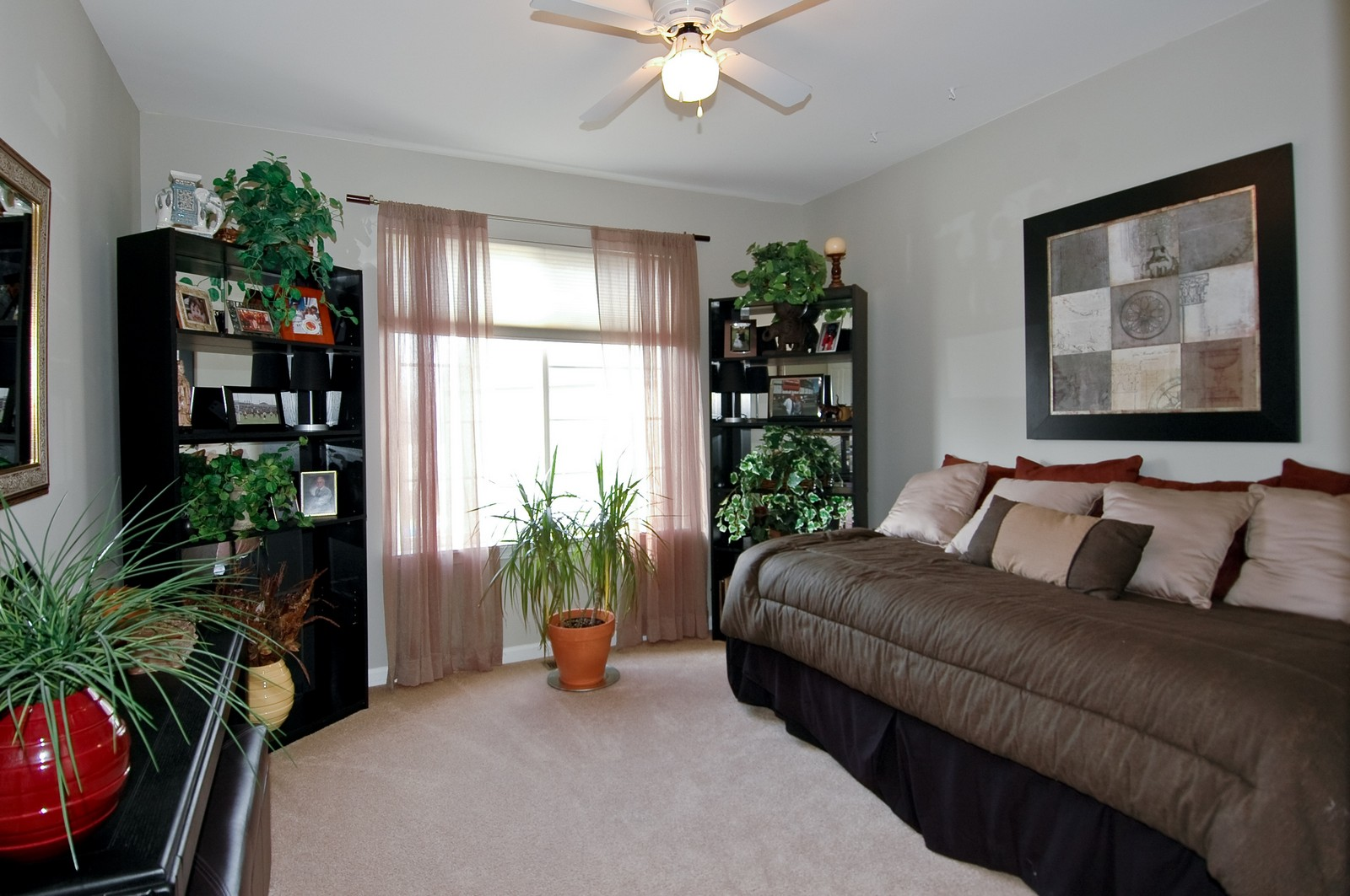 Real Estate Photography - 1581 Summerhill Ln, Cary, IL, 60013 - 3rd Bedroom