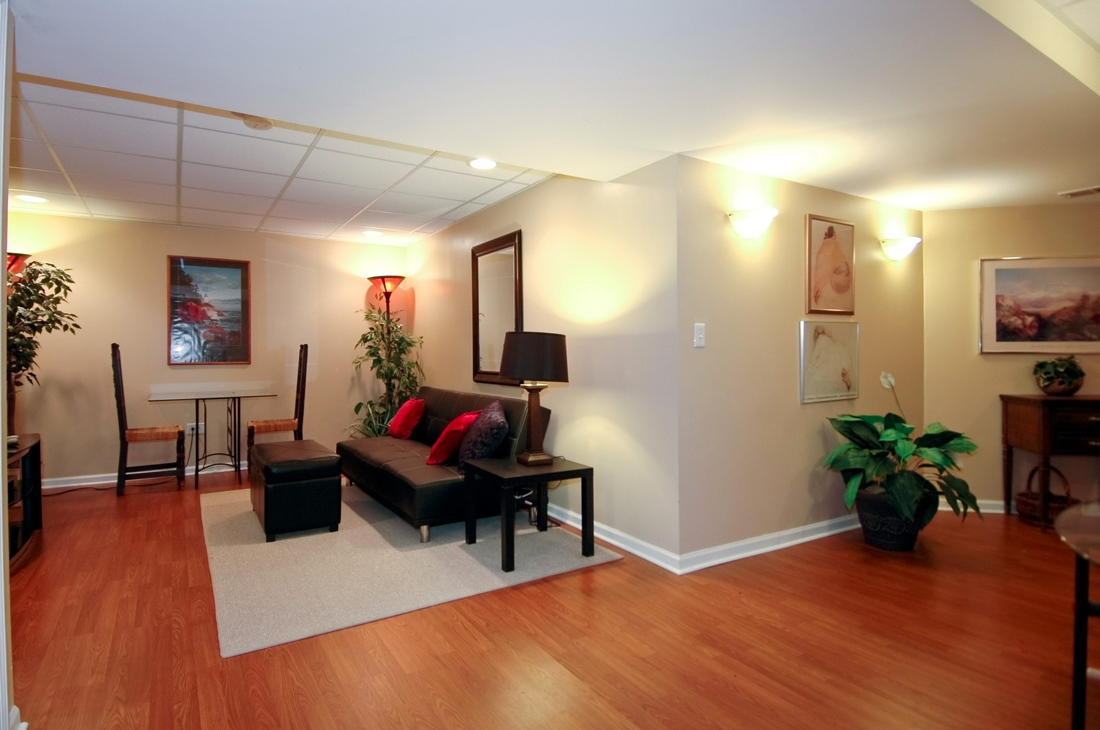 Real Estate Photography - 1581 Summerhill Ln, Cary, IL, 60013 - Lower Level