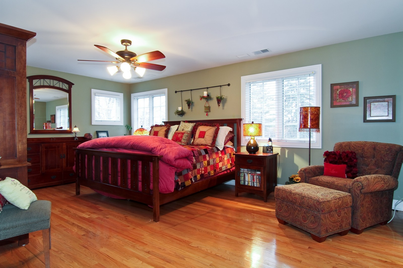 Real Estate Photography - 4418 Harvey, Western Springs, IL, 60558 - Master Bedroom
