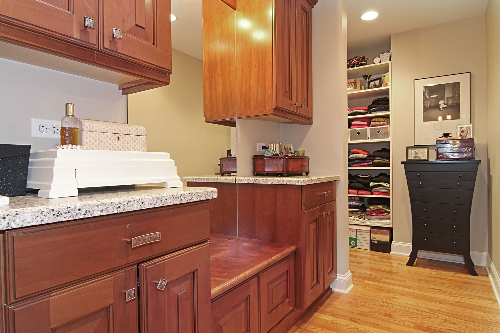 Real Estate Photography - 4418 Harvey, Western Springs, IL, 60558 - Dressing Area