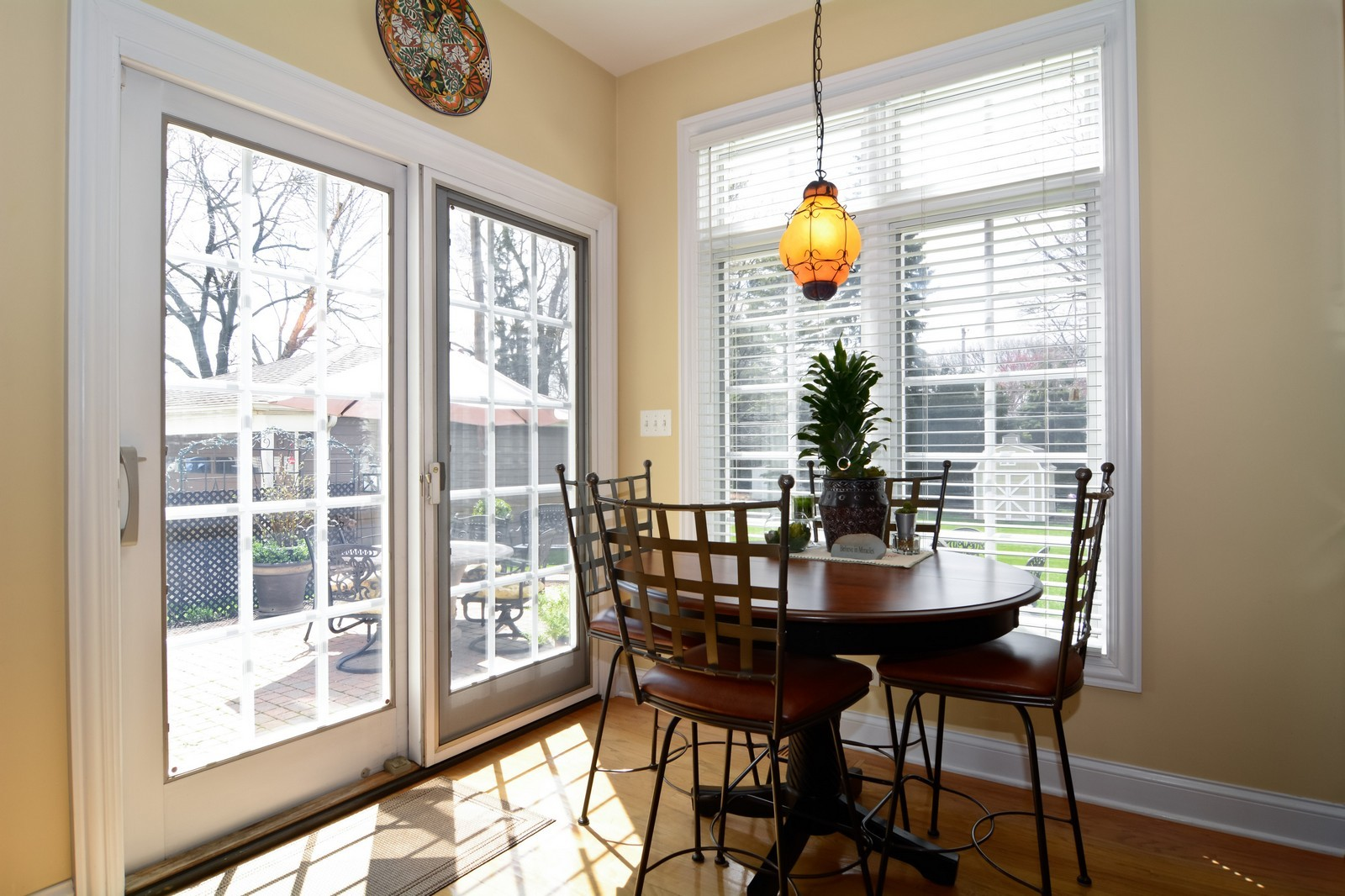 Real Estate Photography - 4418 Harvey, Western Springs, IL, 60558 - Breakfast Nook