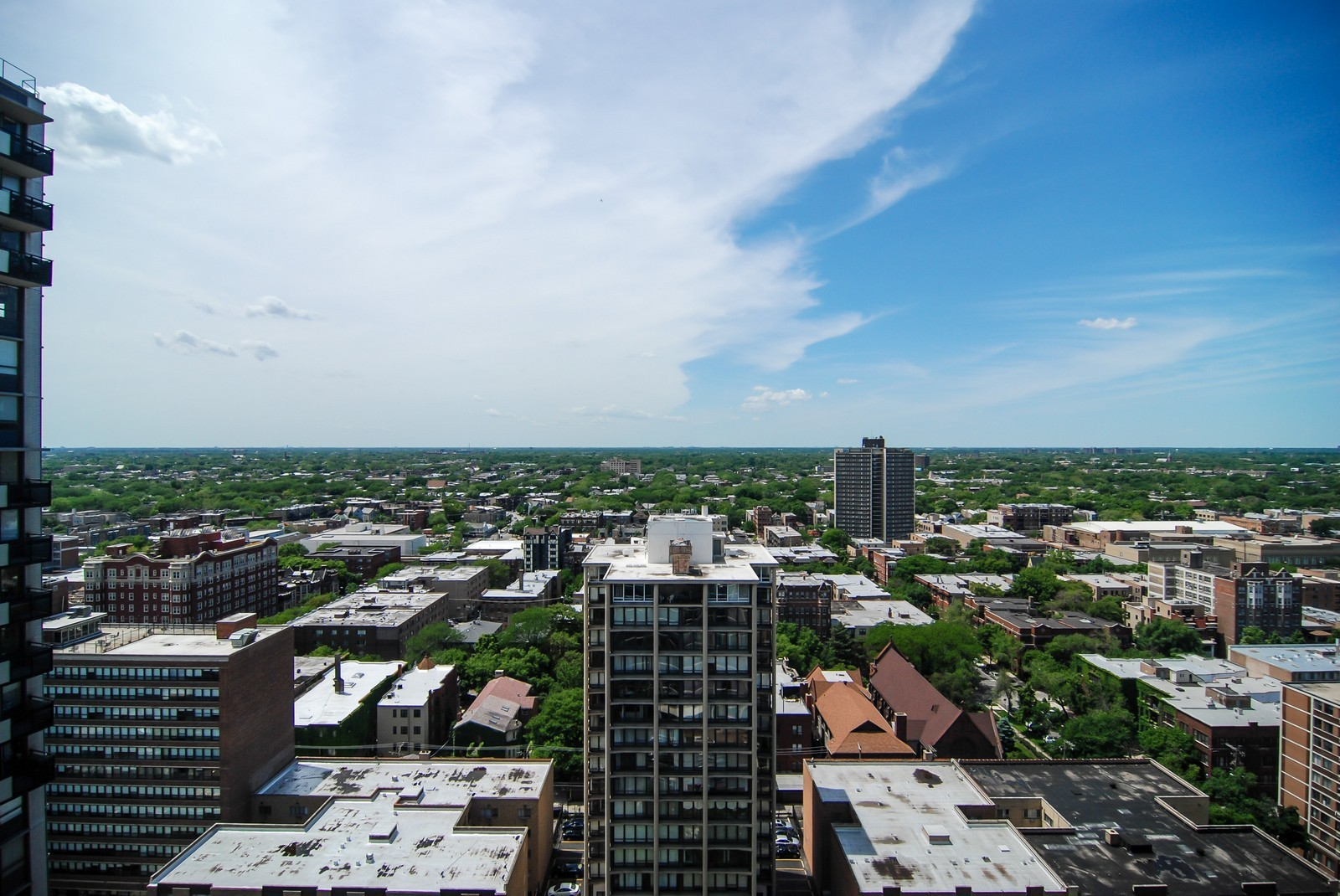 Real Estate Photography - 5733 N Sheridan, Unit 24B, Chicago, IL, 60660 - West View from Bedrooms
