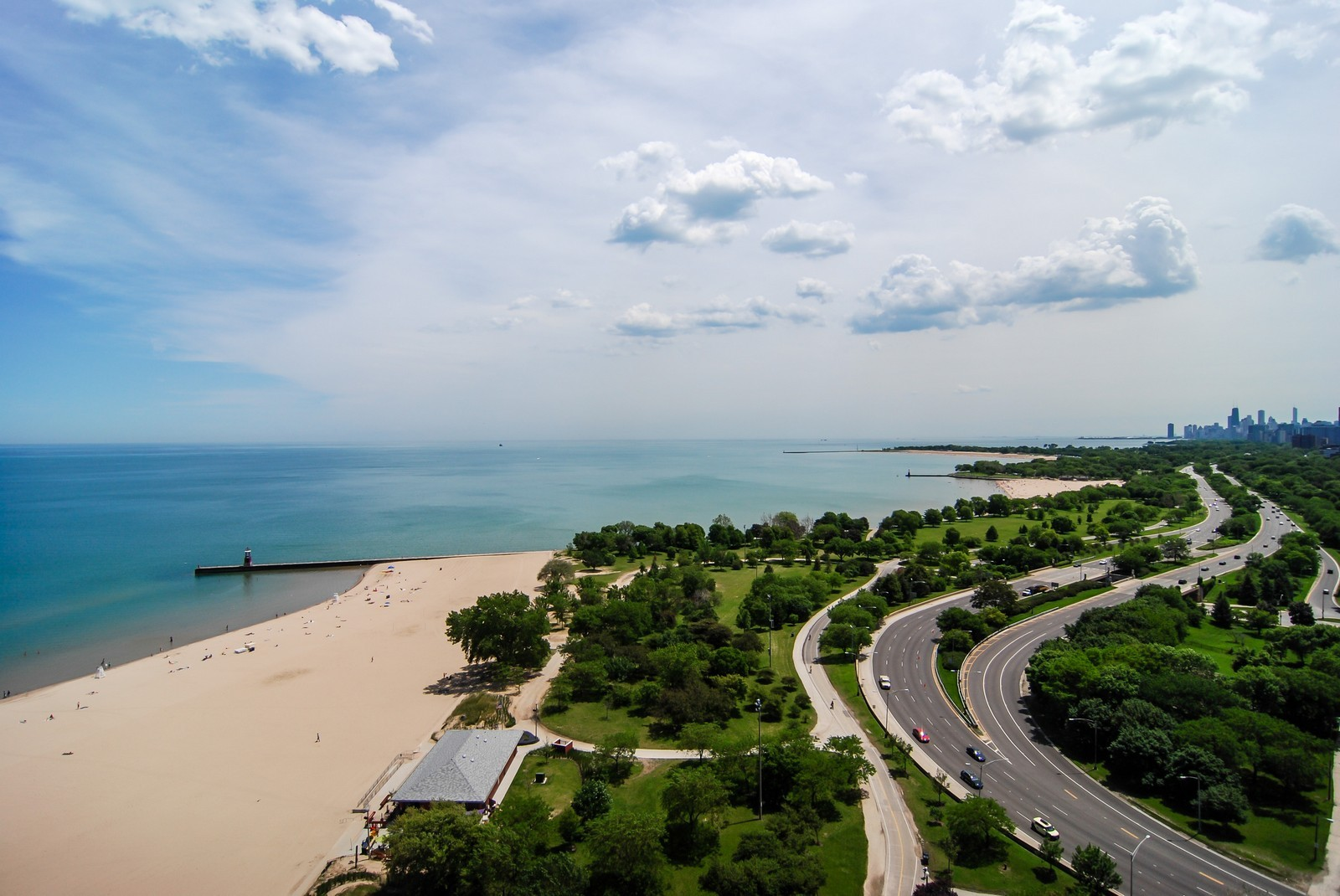Real Estate Photography - 5733 N Sheridan, Unit 24B, Chicago, IL, 60660 - City, Lake and Park View from Unit
