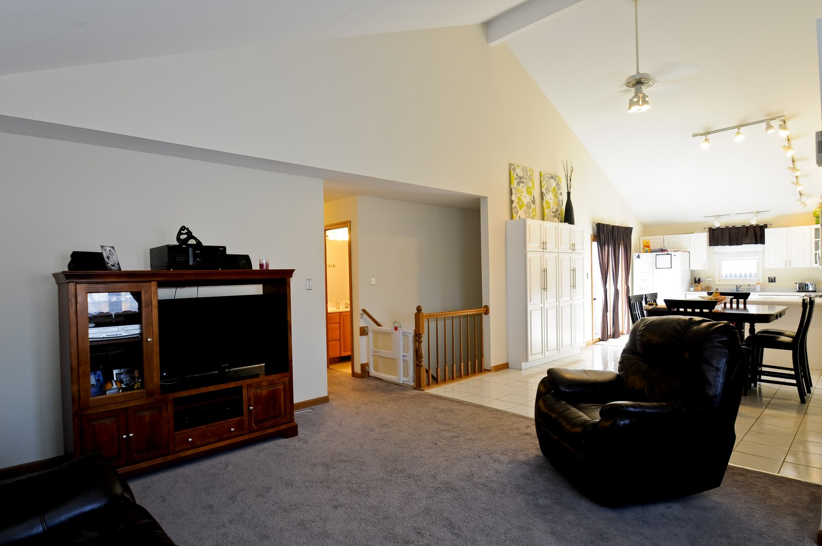 Real Estate Photography - 28 W. 31st Street, Steger, IL, 60475 - Living Room