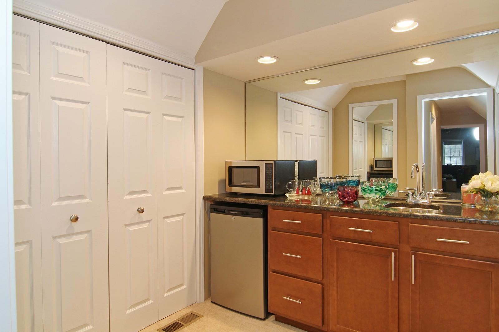 Real Estate Photography - 700 Peck Road, Geneva, IL, 60134 - Closet