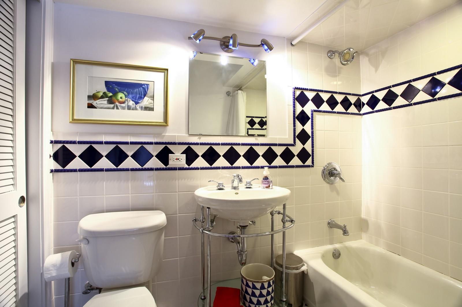 Real Estate Photography - 700 Peck Road, Geneva, IL, 60134 - 2nd Bathroom