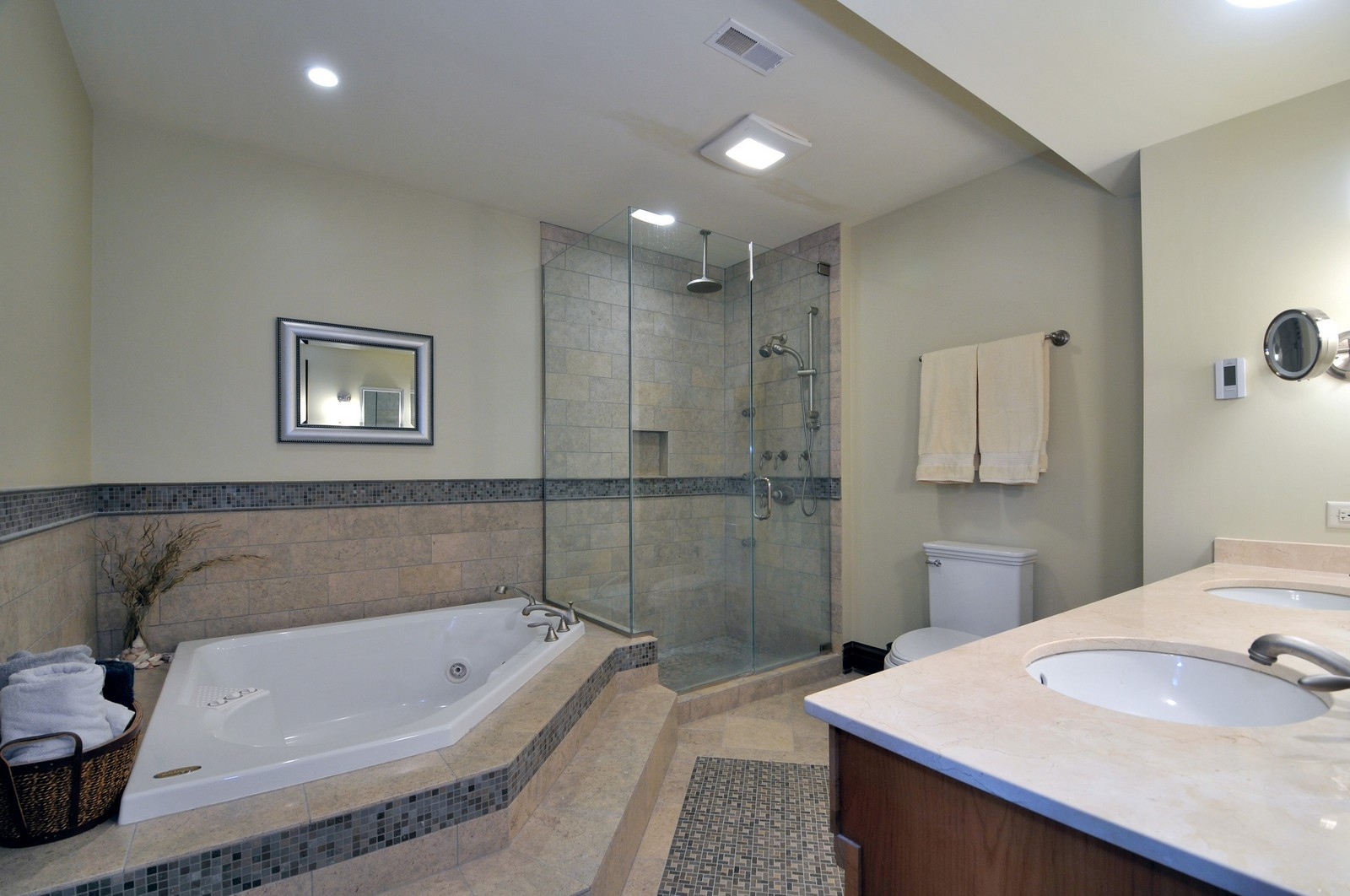 Real Estate Photography - 3734 n. richmond, chicago, IL, 60618 - Master Bathroom