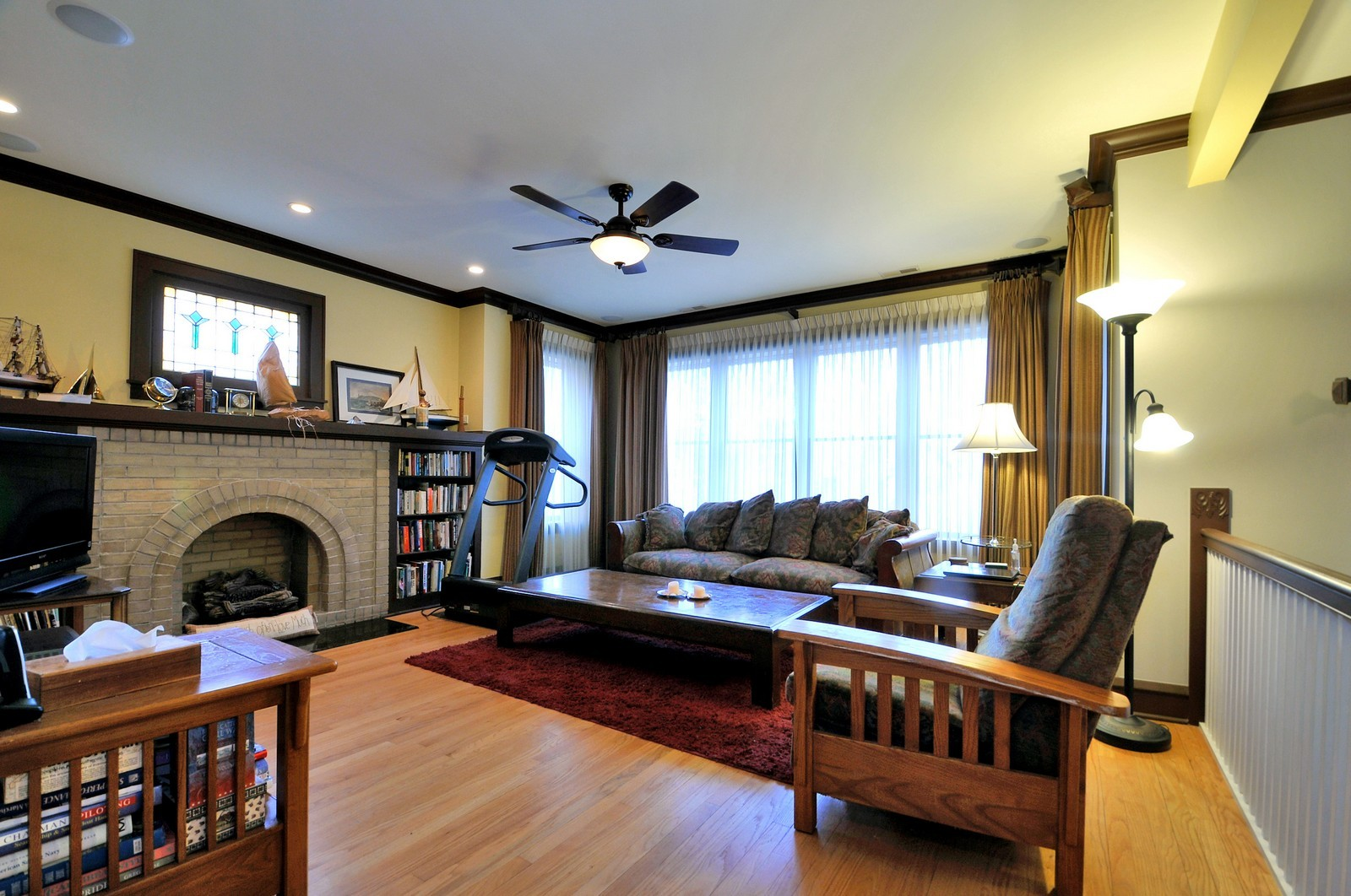 Real Estate Photography - 3734 n. richmond, chicago, IL, 60618 - Great Room