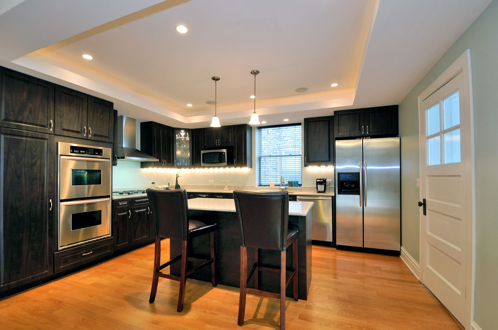 Real Estate Photography - 3734 n. richmond, chicago, IL, 60618 - Kitchen