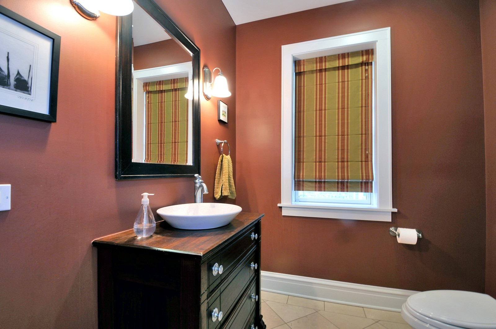 Real Estate Photography - 3734 n. richmond, chicago, IL, 60618 - 2nd Bathroom