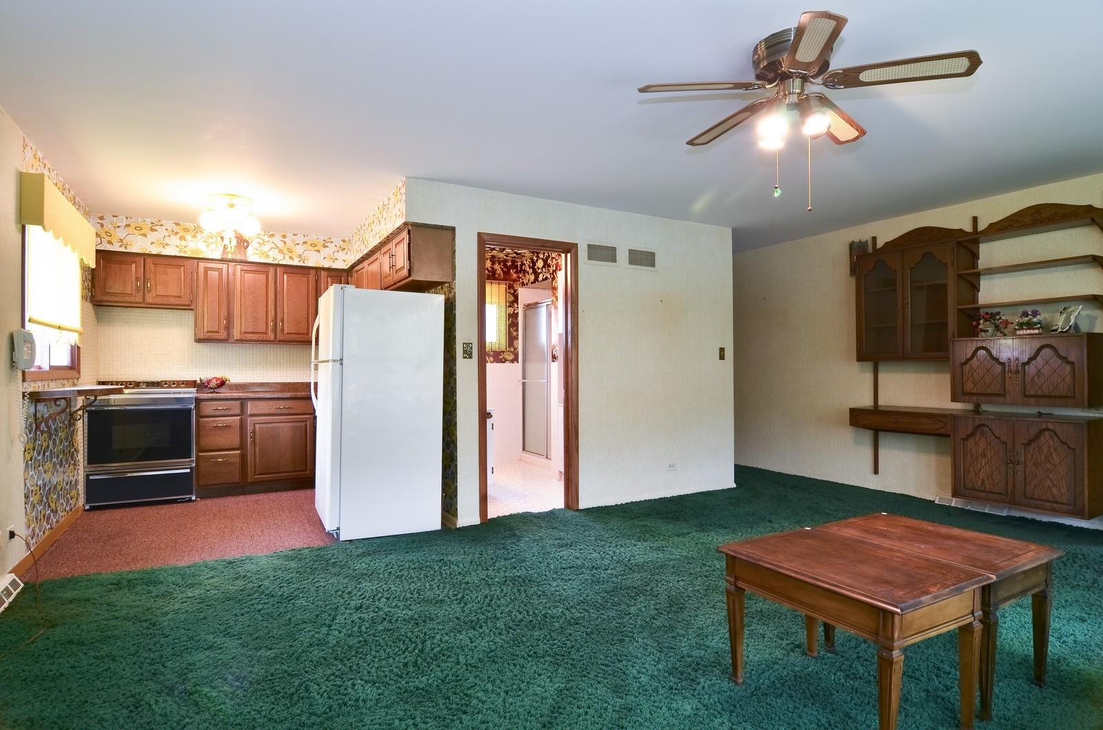 Real Estate Photography - 9045 Parkside, Morton Grove, IL, 60053 - Master Bedroom