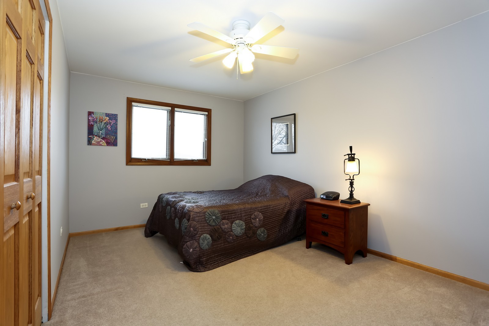 Real Estate Photography - 8441 Horseshoe Drive, Tinley Park, IL, 60477 - 2nd Bedroom