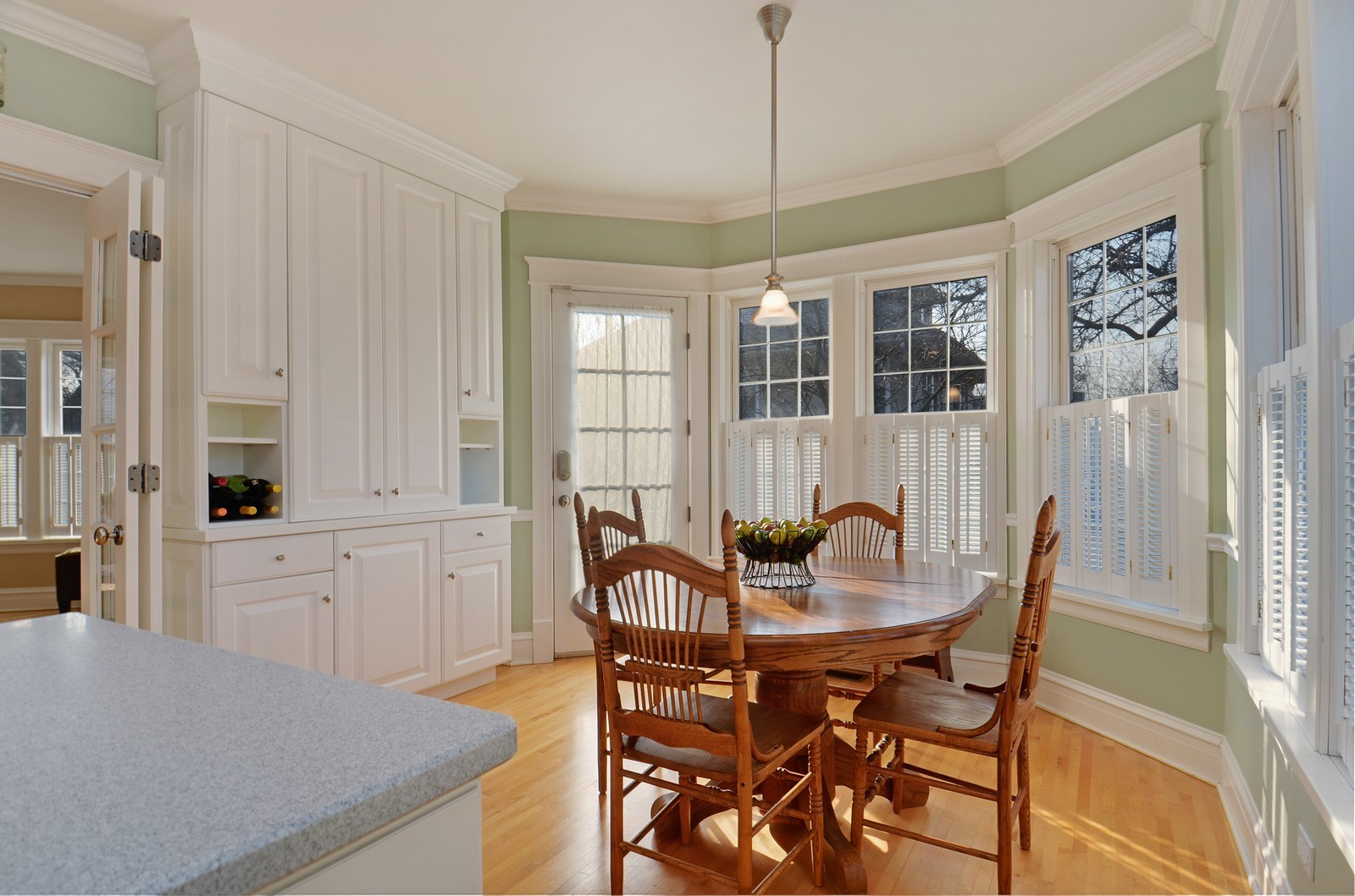 Real Estate Photography - 406 S Grant St, Hinsdale, IL, 60521 - Breakfast Nook