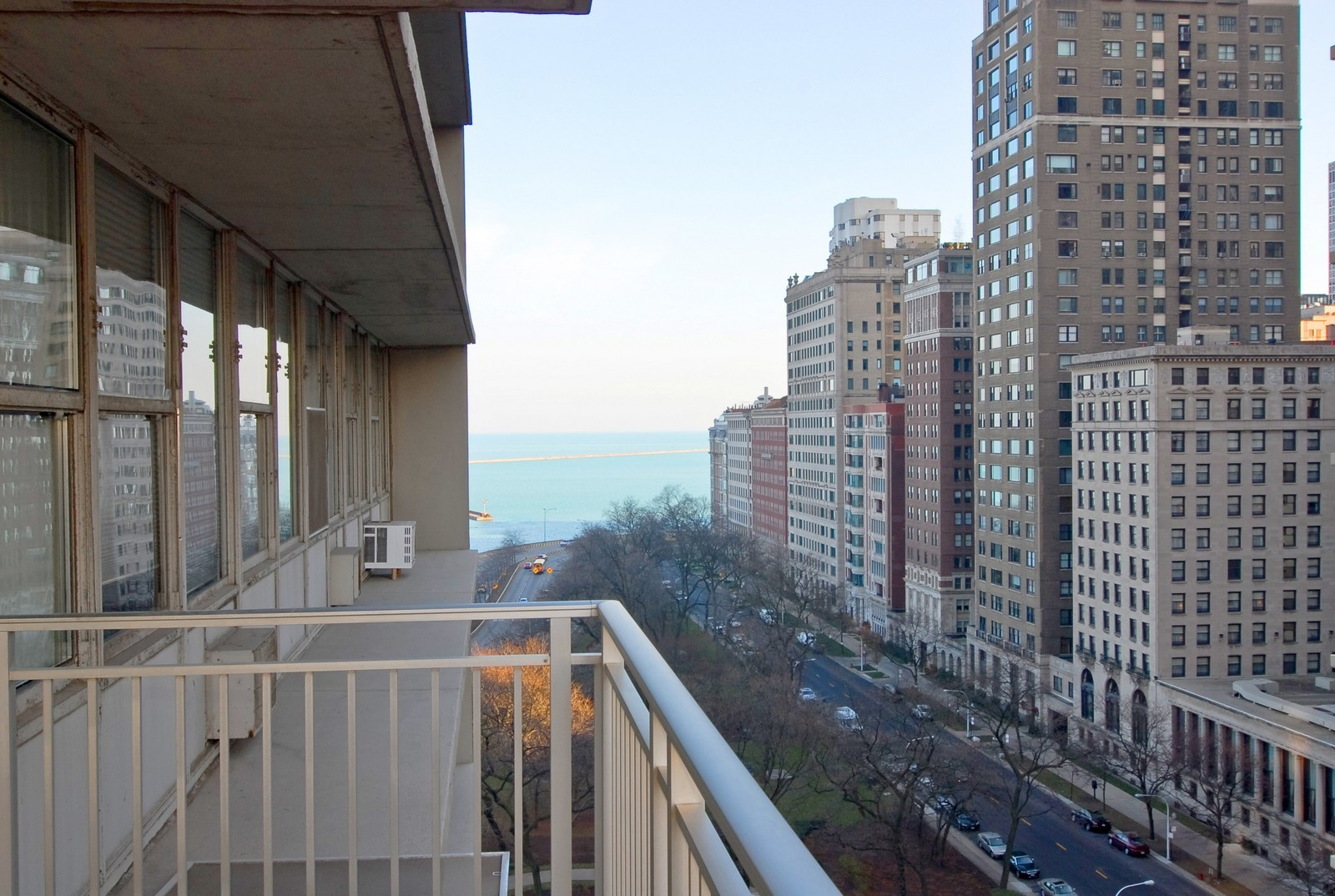 Real Estate Photography - 1000 N Lakeshore Dr, Unit 1407, Chicago, IL, 60611 - Balcony
