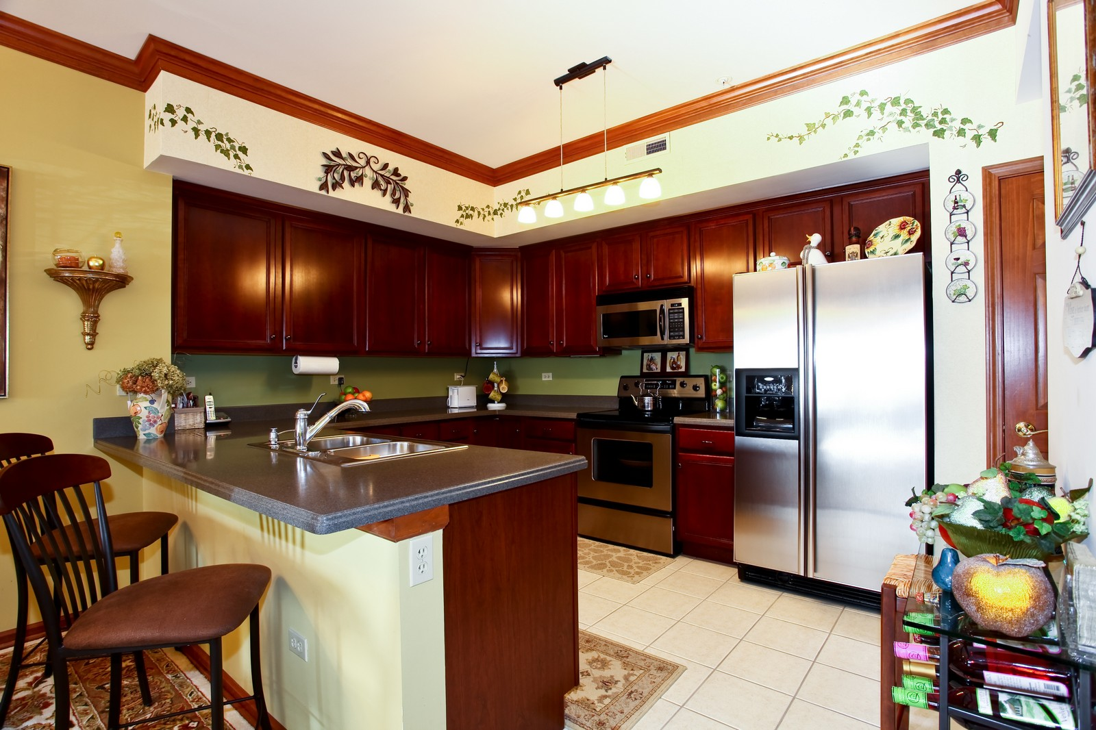 Real Estate Photography - 100 N River Ln, Geneva, IL, 60134 - Kitchen