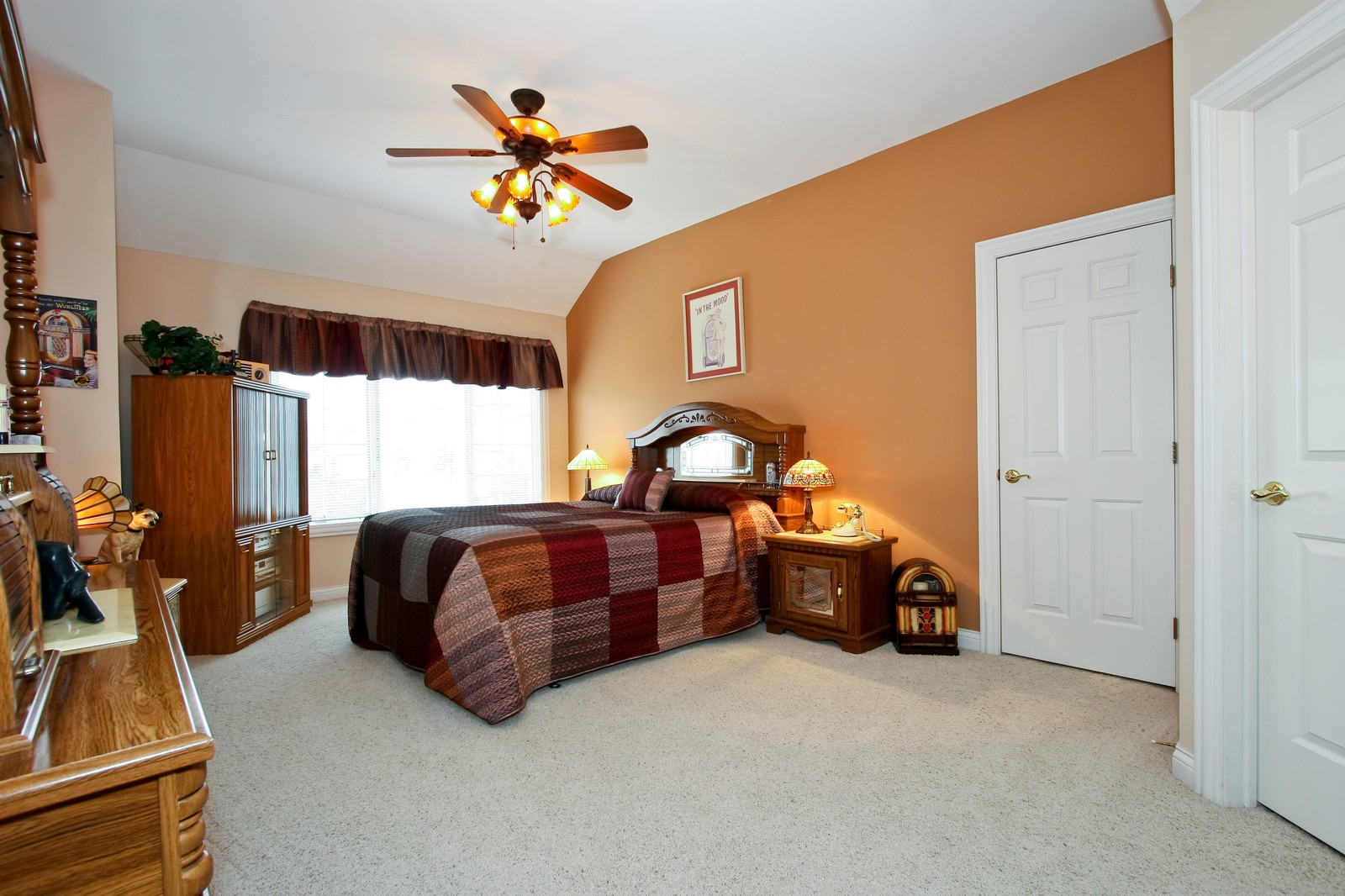 Real Estate Photography - 142 Augusta Drive, Palos Heights, IL, 60463 - 2nd Bedroom