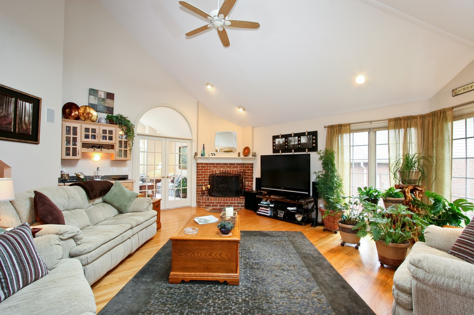 Real Estate Photography - 142 Augusta Drive, Palos Heights, IL, 60463 - Family Room