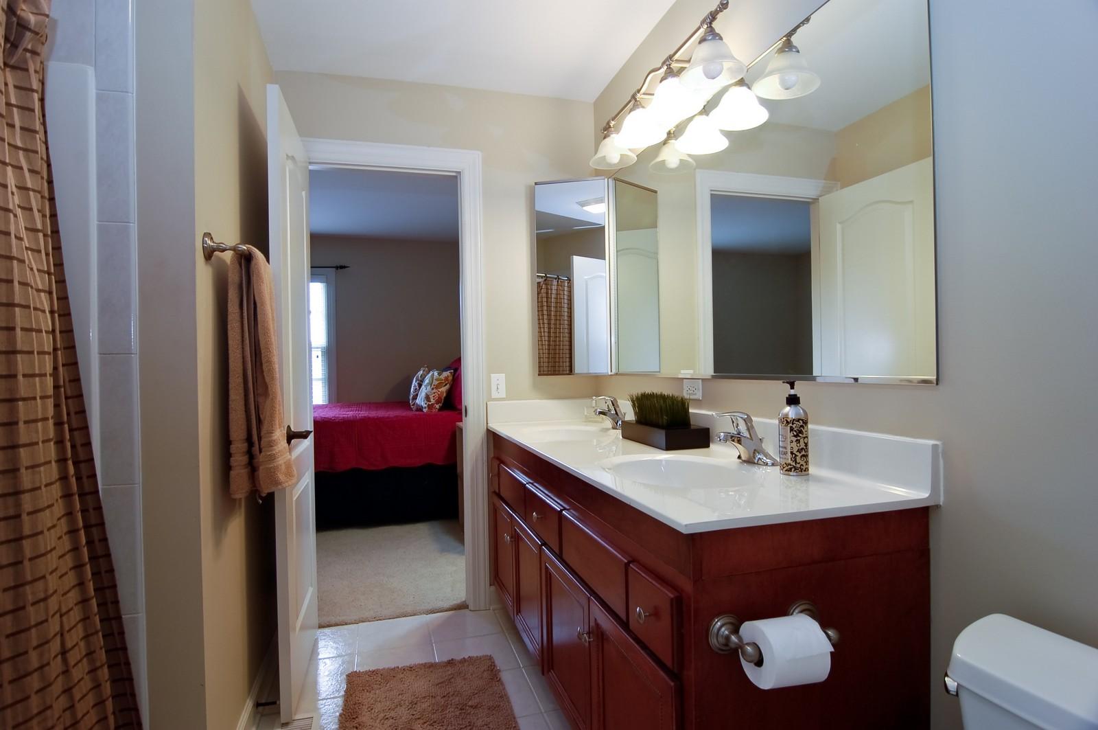 Real Estate Photography - 203 E. Lincoln, Wheaton, IL, 60187 - 3rd Bathroom (Jack and Jill)