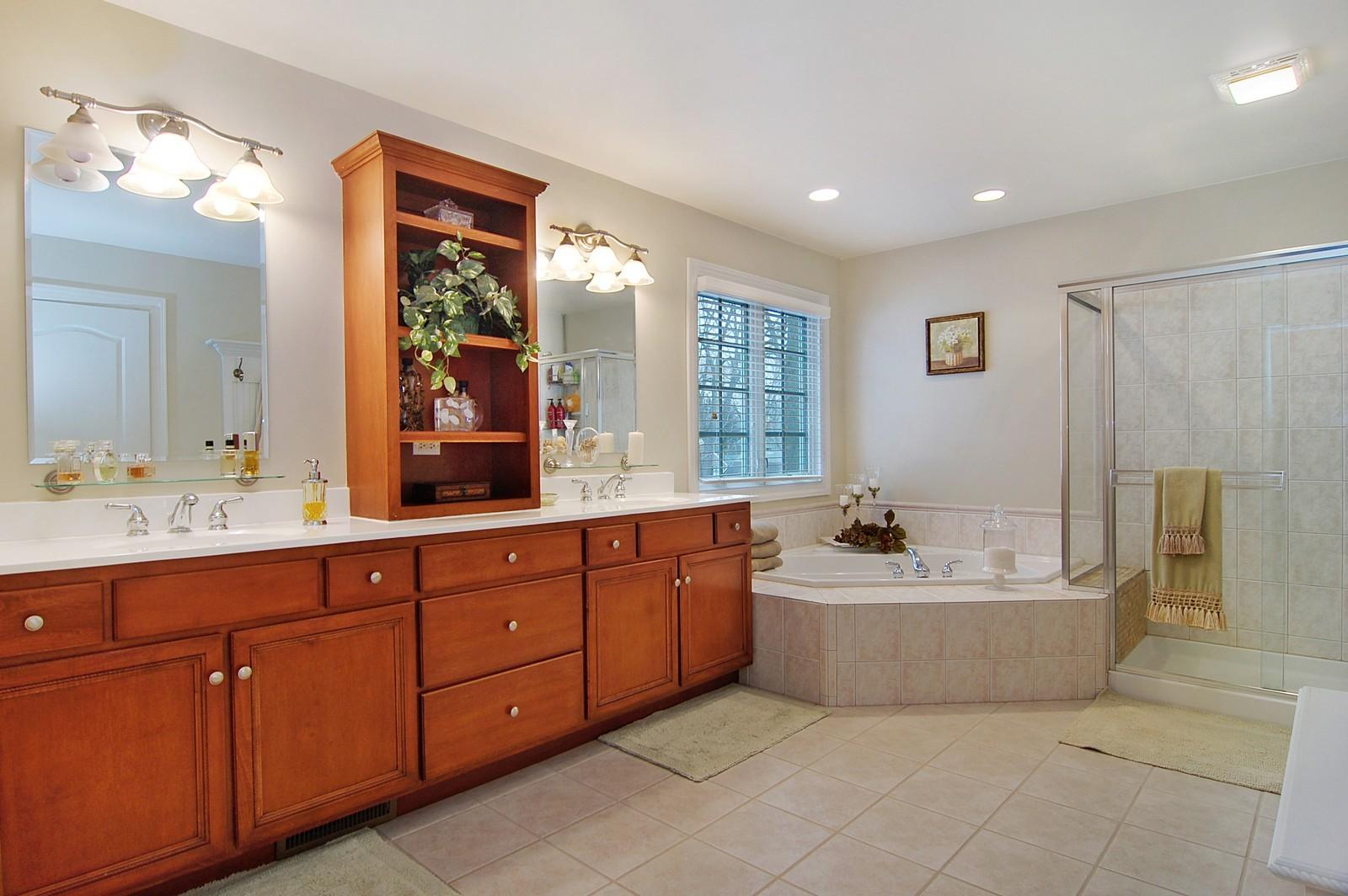 Real Estate Photography - 203 E. Lincoln, Wheaton, IL, 60187 - Master Bathroom