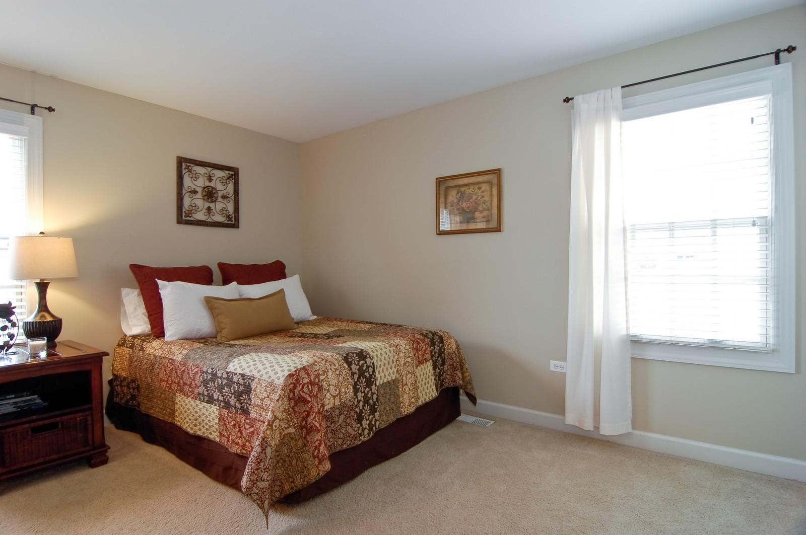 Real Estate Photography - 203 E. Lincoln, Wheaton, IL, 60187 - 4th Bedroom (Jack and Jill)