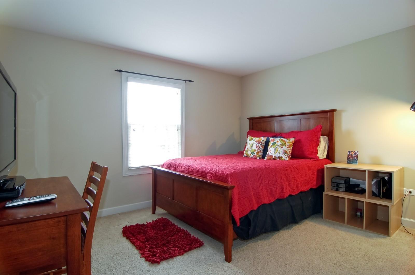 Real Estate Photography - 203 E. Lincoln, Wheaton, IL, 60187 - 3rd Bedroom (Jack and Jill)