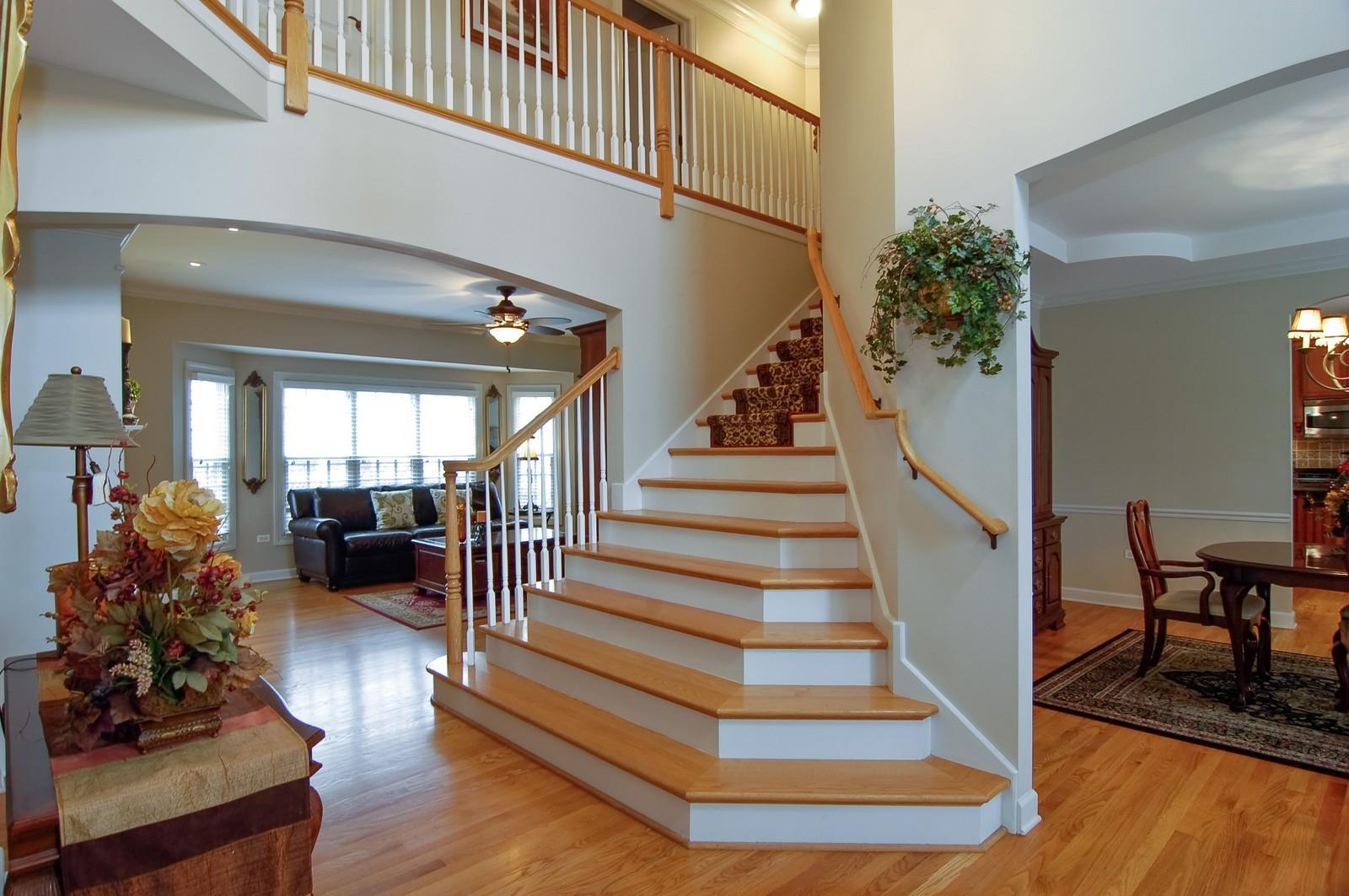 Real Estate Photography - 203 E. Lincoln, Wheaton, IL, 60187 - Foyer