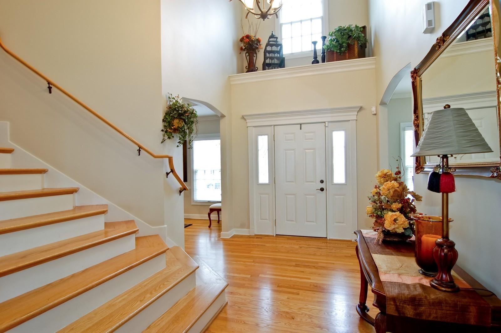 Real Estate Photography - 203 E. Lincoln, Wheaton, IL, 60187 - Entryway