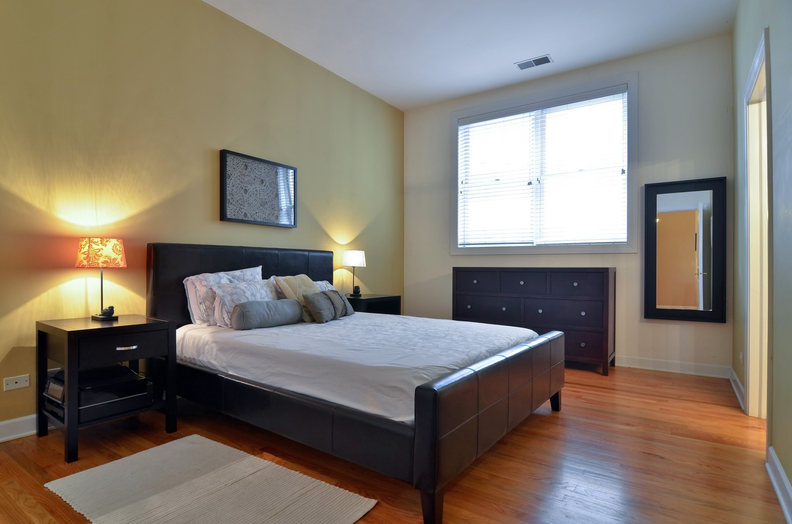Real Estate Photography - 1942 S Prairie St, #2, Chicago, IL, 60616 - Master Bedroom