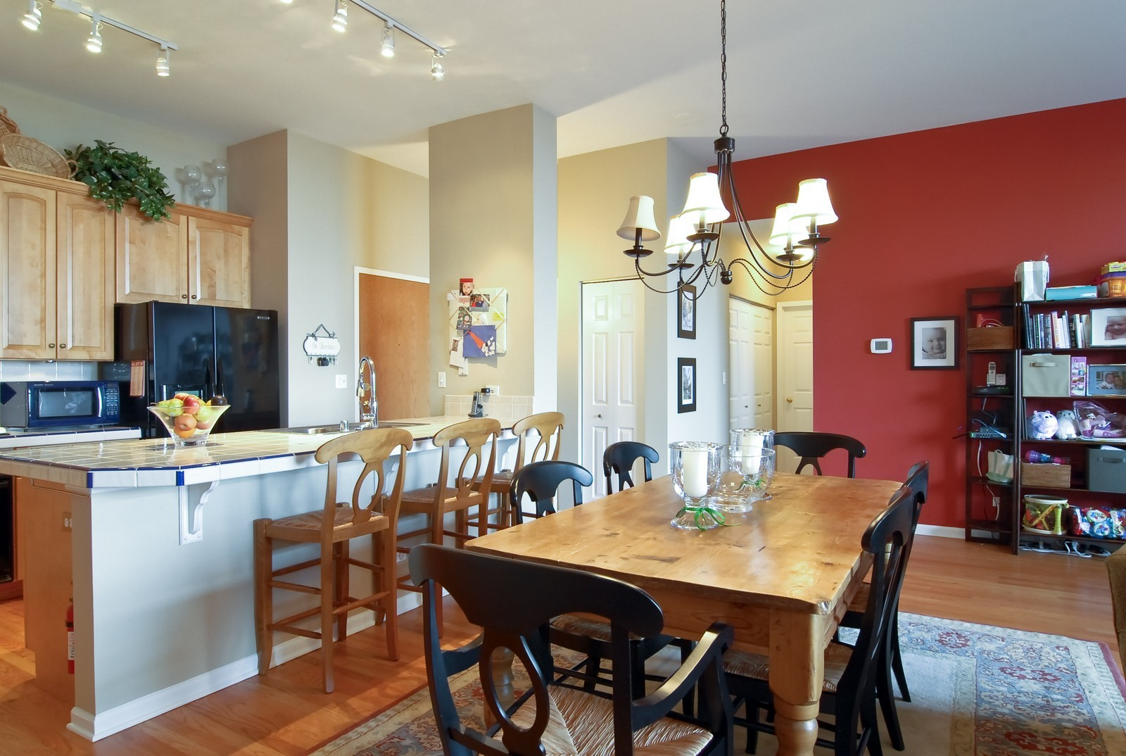 Real Estate Photography - 1350 W Fullerton, Unit 411, Chicago, IL, 60614 - Dining Room
