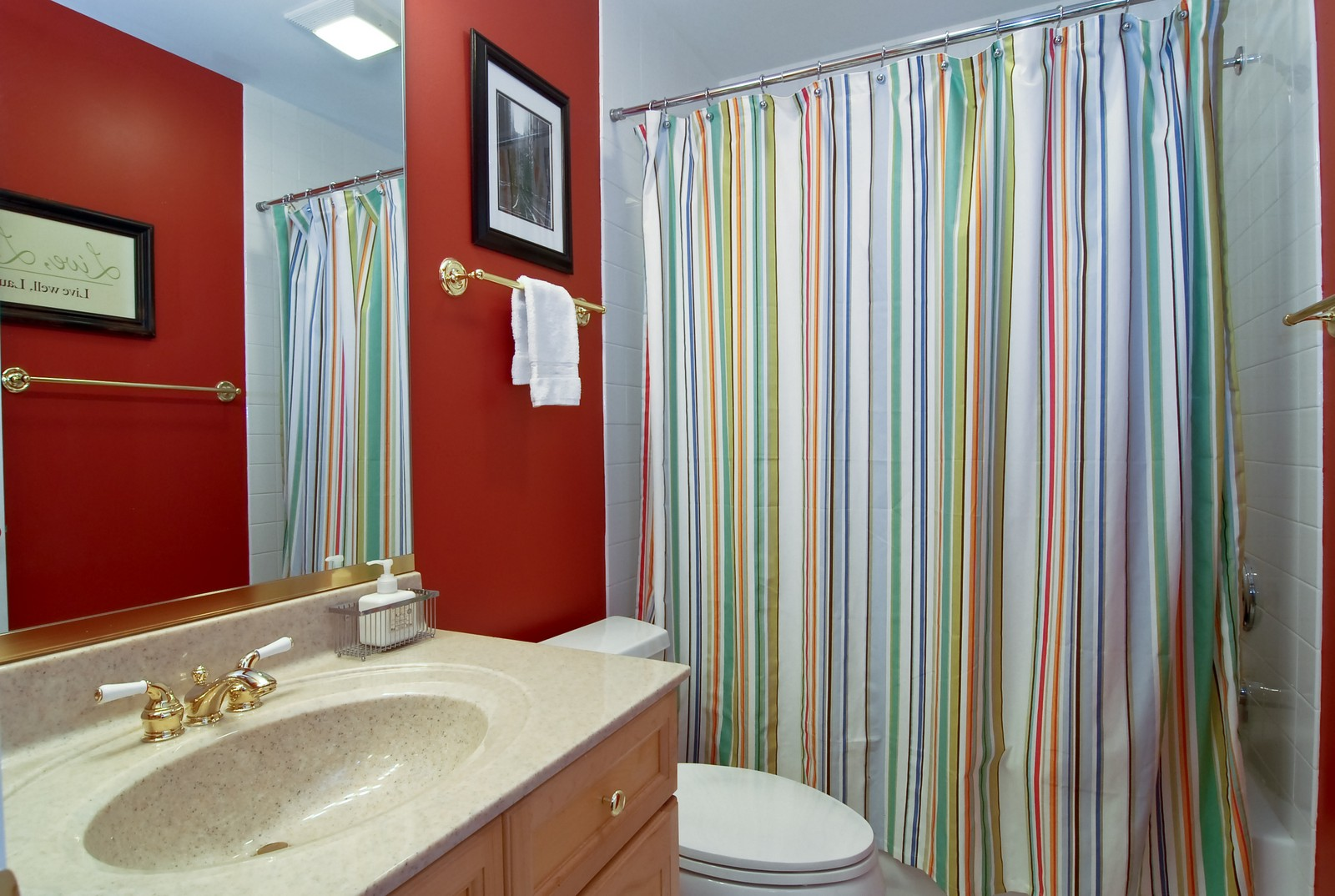 Real Estate Photography - 1350 W Fullerton, Unit 411, Chicago, IL, 60614 - Bathroom