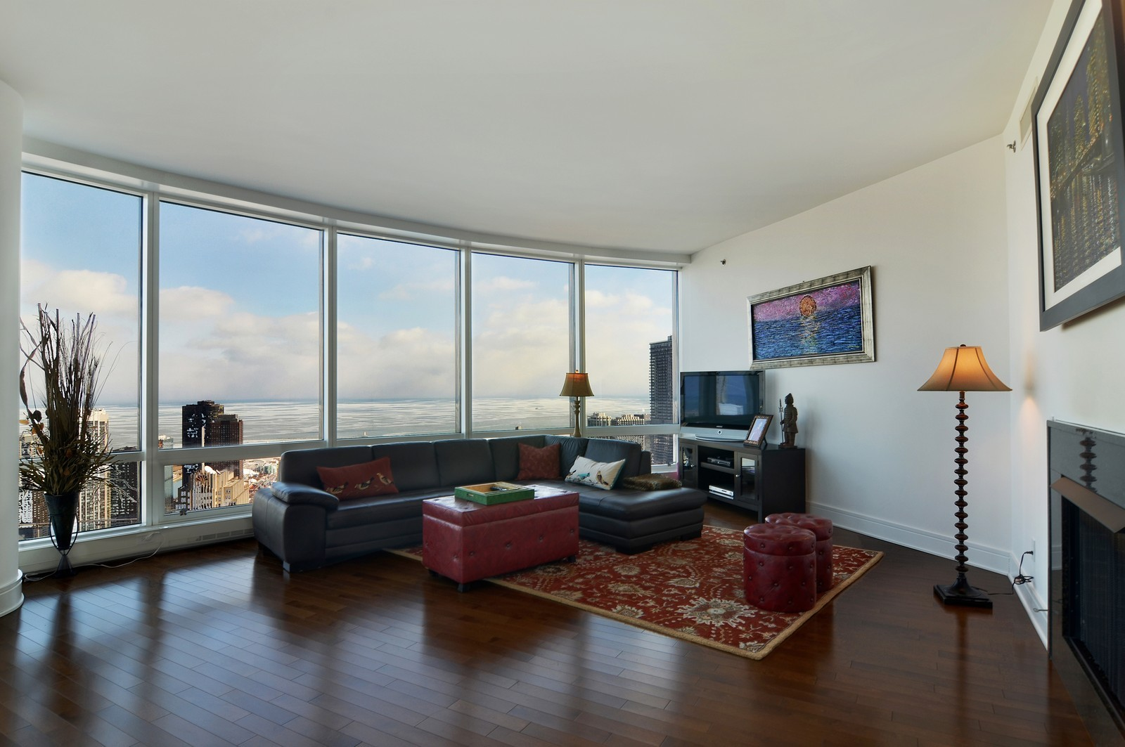 Real Estate Photography - 401 N Wabash, Unit 52a, Chicago, IL, 60611 - Living Room