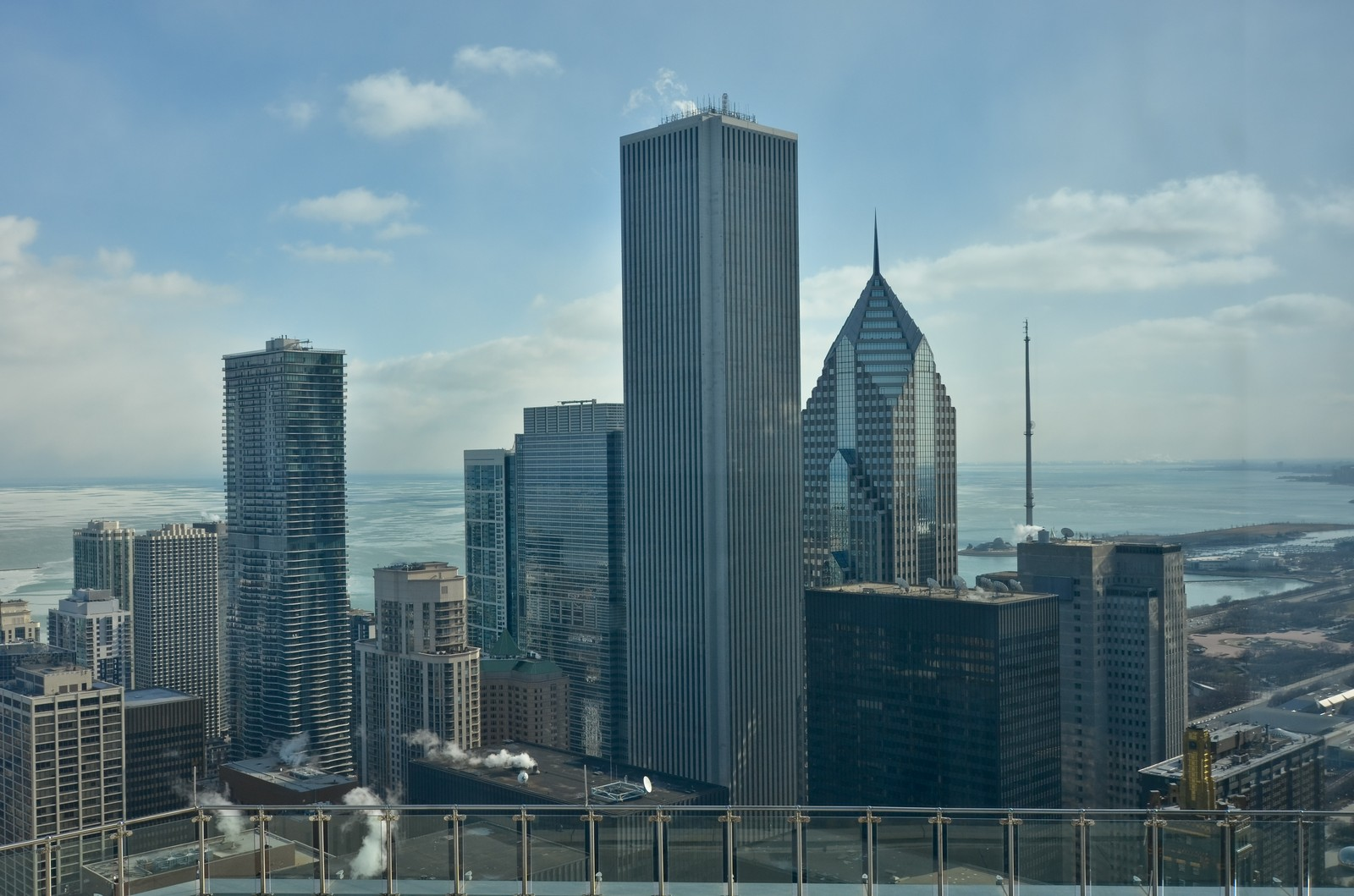 Real Estate Photography - 401 N Wabash, Unit 52a, Chicago, IL, 60611 - Location 6